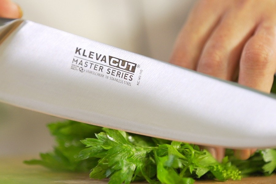 Cut like a Master Chef with our amazing range of Master Series knives, featuring the Chef Knife