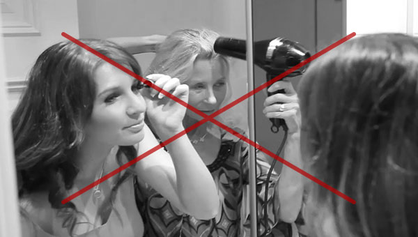 Stop struggling with no space in front of your mirror, move around your mirror