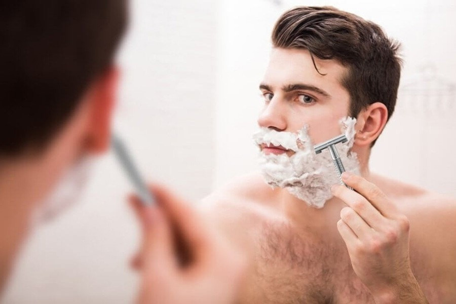 Get a close shave with the Safety Razor, with one blade and brass handle
